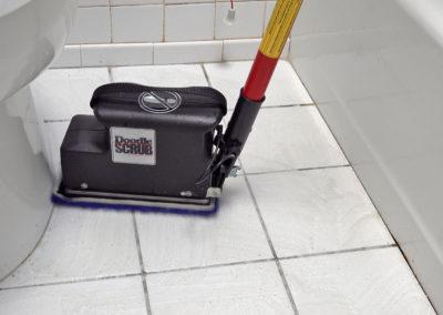 Doodle Scrub ToiletTub2